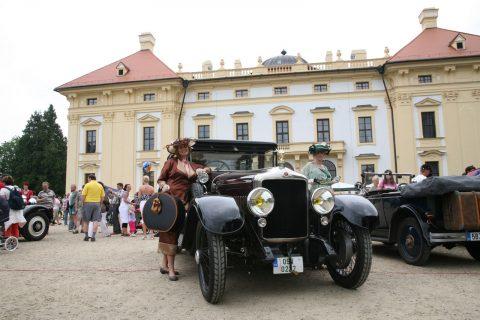 Oldtimer festival je největším setkáním majitelů automobilových veteránů ve střední Evropě
